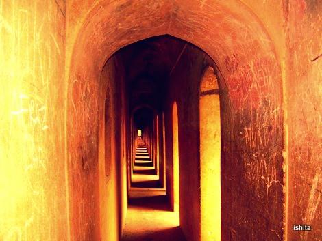 Bhulbhullaiya - The labyrinth at Bara Imambara