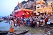 Ritualistic bathing on the Dashaswamedh Ghat in Varanasi