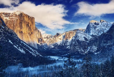 Sunrise over Yosemite Valley with snow capped mountains in early February. Photo Credit: Chase Lindberg