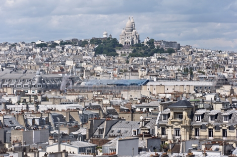 Butte_Montmartre_from_centre_Pompidou
