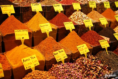 Spice Market, Istanbul, Turkey. Photo credit: Iju
