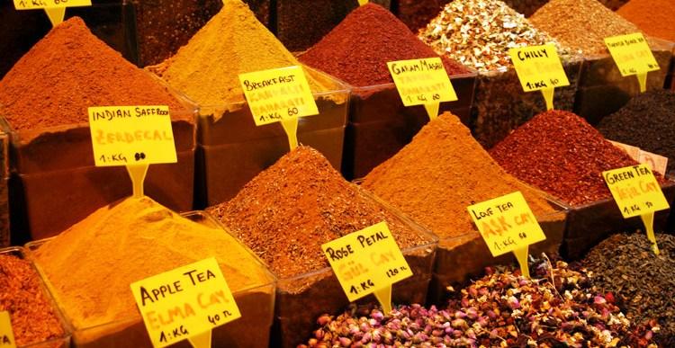 Spice Market, Istanbul, Turkey. Photo credit: Iju