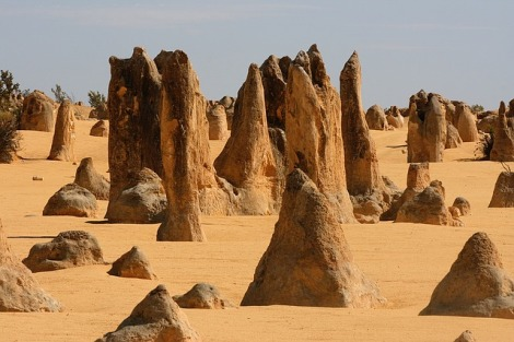 Pinnacles of Nambung Desert, Western Australia | Photo credit: www.pixabay.com