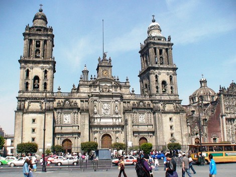 Mexico City Metropolitan Cathedral | Photo credit: Rory Finneren | Source: www.flickr.com