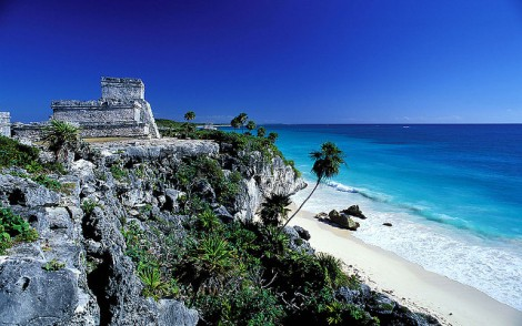 Tulum, Mayan archaeological site of El Castillo, in Quintana Roo | Photo credit: Mi Quitos | Source: www.flickr.com