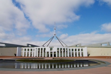 parliament-house-168300_1280 (2)