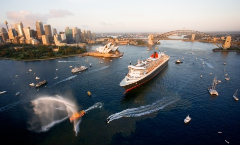 Sydney luxurious cruise over dinner