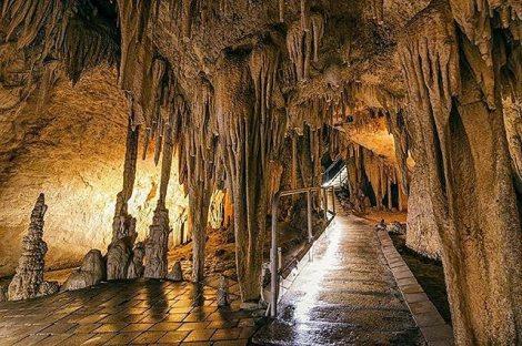 Hatings Caves